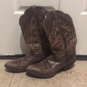 Womens Brown Ariat Heritage Boots
